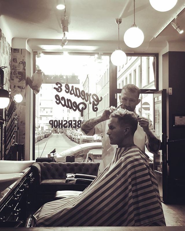 @barber_vonsven doing what he does best only @greaseandpeace . Open next week Tuesday-Saturday 11:30 to 19:00. #greaseandpeacebarbershop