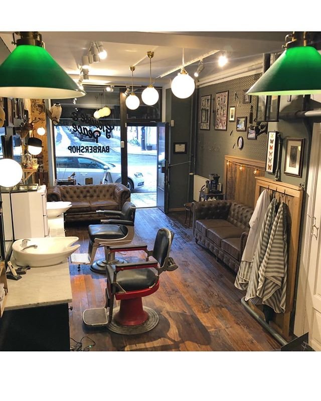 The barbershop shop will be open tomorrow from 1:00 (13:00) to 7:00 (19:00) sorry for the inconvenience.