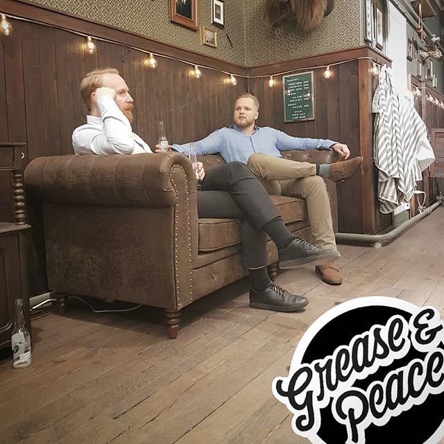 good vibes from saturday, never  forget to take time to  relax .. very important in our busy lives as things start to speed up this time of year. we are back at it soon tuesday till Saturday 11:30 - 19:00 welcome in !  #greaseandpeacebarbershop #americanbarbershop