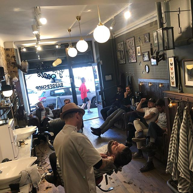 Its a full house today . Over at Grease&Peace barbershop.